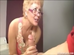 Blowjob In The Laundry Room free