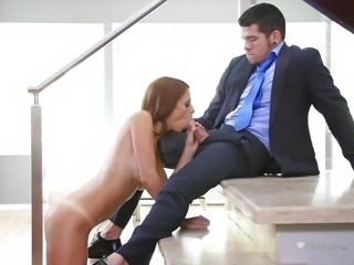 """Eva Long blowing the Bambino monster cock"""