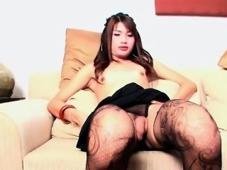 Ladyboy May 5 Romantic Rod Release