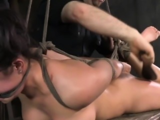 Frogtied sub gets dildofucked