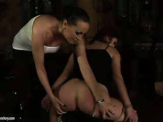 Brunette and Mandy Bright show their love for pussy hole in lesbian action
