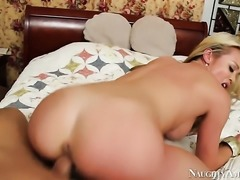 Bill Bailey seduces Asian Mia Lelani with huge hooters and clean muff into...