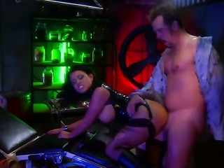 Whore in black Eva Angelina gets hardcored at a bar