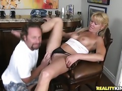 Brunette gets a mouthful of boner in blowjob action with horny dude