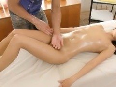Oiled gal offers her pussy for a sex action