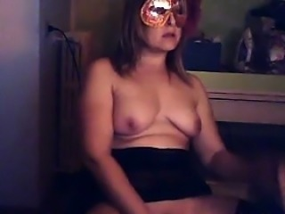 Chubby Masked Cam Chick