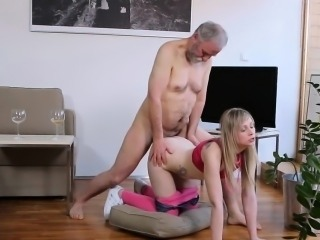 Young playgirl sucks old cock and receives pussy licked
