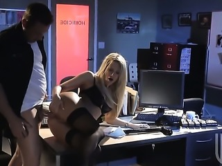 Jessica drake gets her butthole pounded doggystyled