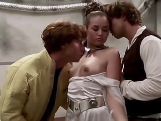 Allie Haze is in a threesome in a Star Wars parody scene. She is doing it with both Luke and Han in this video while dressed as princess Leia. Thankfully Jar Jar is not around.