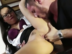 Secretary gives a blow job