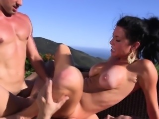 Outdoor pussyfucking trio with Veronica Avluv