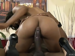 Sean Michaels gets turned on by Cali Sweet and then pounds her mouth