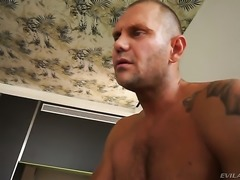 Nacho Vidal whips out his love wand to fuck juicy Daytona Xs mouth after she...