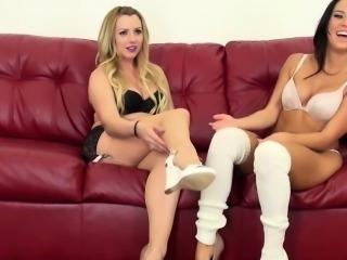 Megan Rain dildofucked on lesbian webcamshow