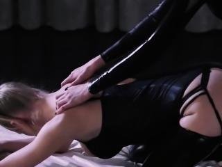 fluent pantyhose on strapon lesbians
