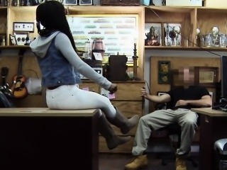 Amateur teenager being banged by pawn guy