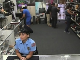 Amateur girl being banged by pawn guy