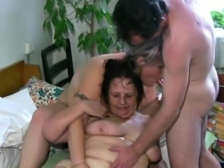 3 some with grandma and babe