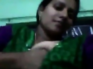 Hot indian mallu showing her large tits on her partner self