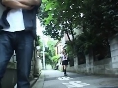 Asian teen enjoys hot time with her guy