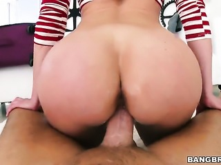 Brunette porn diva Kendra Lust finds it exciting to be cum covered