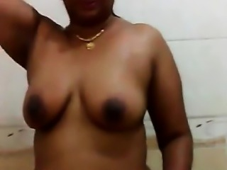Indian desi hot aunty video that was fat recorded