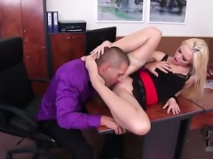 Vanda Lust is ready to suck guys erect schlong day and night