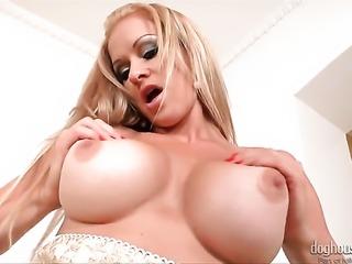 Blonde Sunshine stripping and masturbating