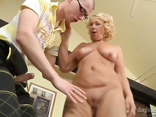 Regi cant stop sucking in steamy oral action with hard dicked fuck buddy
