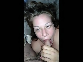 Very Horny Amateur Babe Gives Good Head