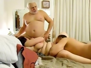 PLUMP WIFE HAVING SEX WITH HUBBIE FRIEND