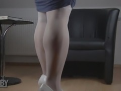 Chubby crossdresser pissing and cumming
