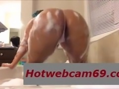 Ass-and-Bubbles-Hotwebcam69.com
