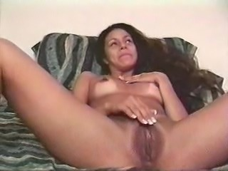 Hot babe in liveshows with hot wax 3