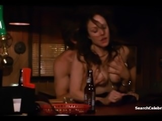 Mary-Louise Parker - Weeds s06e08