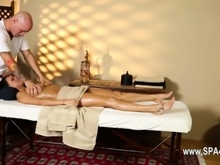 Secret voyeur movie of nasty masseur penetrate customers