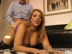 mature slut tamara enjoys big cock of boss