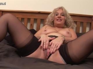 Blonde mature slut getting wet  onmilfcom