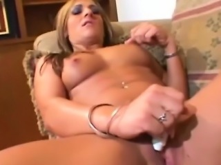 Italia is a fitness model who is desperate for a dick