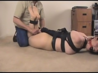 angelique-armbinder-tickle