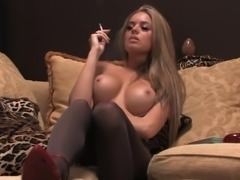 Smoking blonde - 2