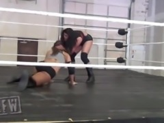 Female Wrestling 2