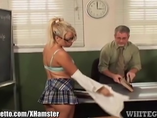 Dirty Schoolgirl makes Teacher eat her Pussy