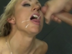 Milf Zoey Portland enjoys double cum swallowing