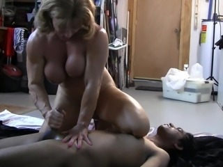 Muscle bitch trains a house slave (3 of 3)