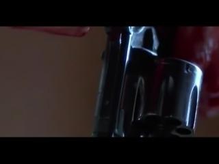 Jamie Lee Curtis in Blue Steel