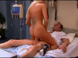 AMAZING Blonde Milf Gives Guy Best Hospital Surprise!