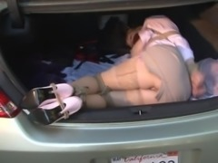MILF in the trunk kidnapped