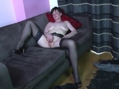 Amateur mature mom needs a good fuck