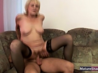 21sextreme granny likes em young - 2 7